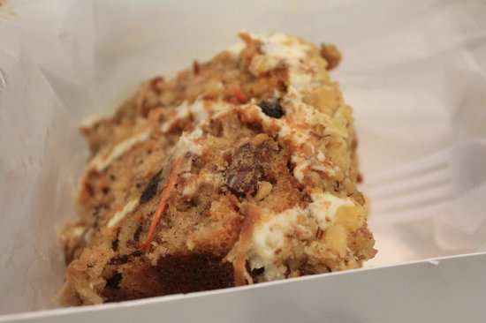 Magnolia Bakery : Carrot Cake
