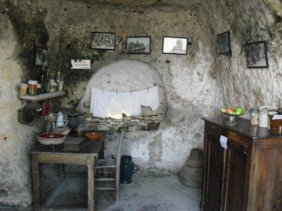 Grottes de Regulus et des Fontaines : grotte