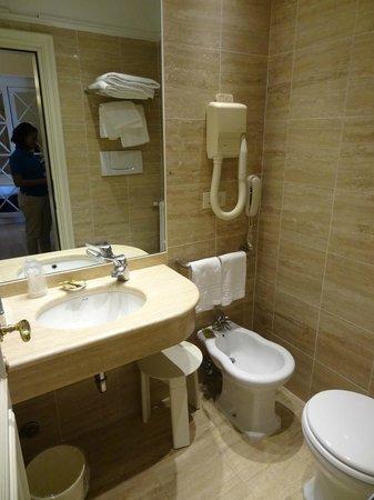 Calzaiuoli Hotel: Bathroom