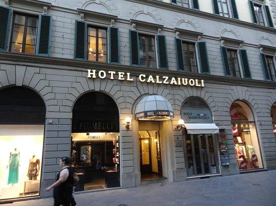 FH Calzaiuoli Hotel: Main entrance