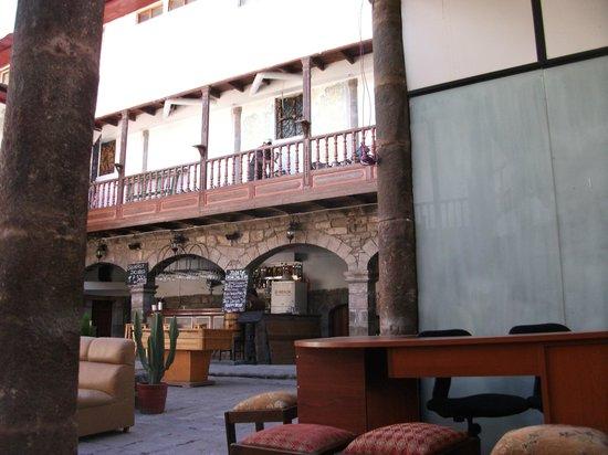 Inka's Hostel: inka crazy hostel bar
