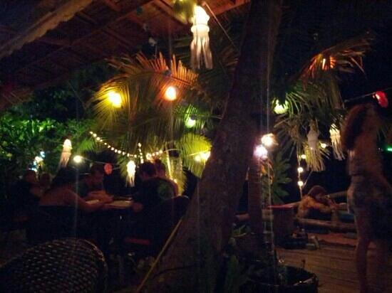 In Touch Restaurant: night
