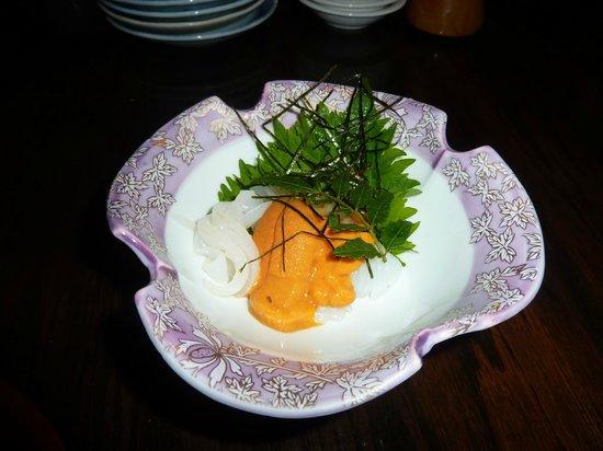 Blue Ocean Japanese Restaurant: イカうに和え