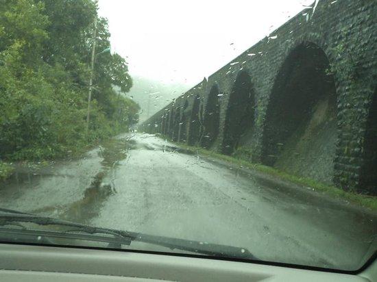 Biji's Hill Retreat: WAy to Bhushi Dam :D