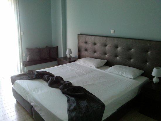 Hotel Perivoli : τμήμα του δωματίου