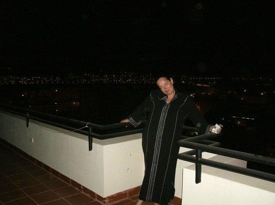Wassim Hotel: на крыше ночью