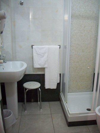 La Locanda del Manzoni: very clean bathroom