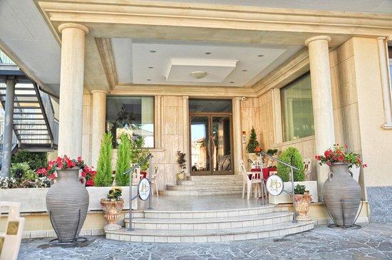 Dei Pini Hotel