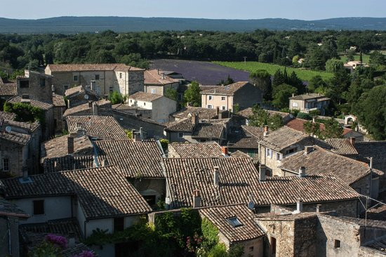 Le Clair de la Plume : Grignan rooftops from the chateau