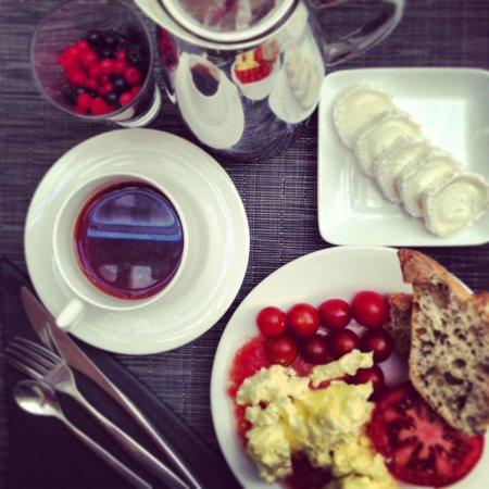 Melia Paris Tour Eiffel: Excellent breakfast