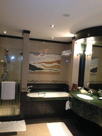 Grand Hyatt Dubai: bathroom