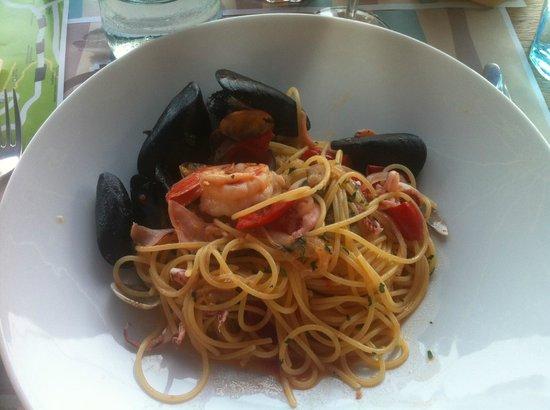 La Cantina del Pescatore: Spaghetti Frutti da Mare - Fabulous!