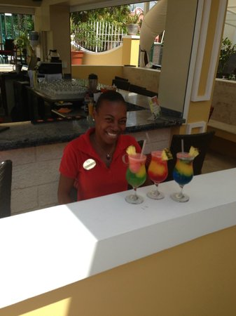 Ocean Two Resort & Residences : Wonderful Bartender