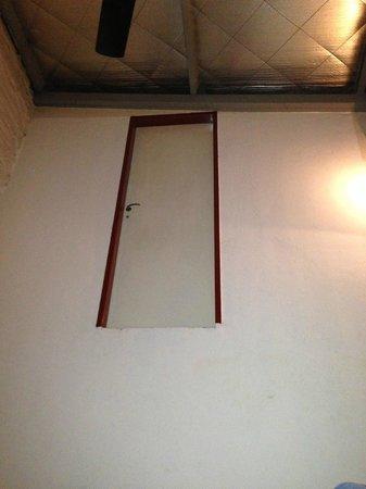 Granados Hostel : la puerta de la dimensión desconocida