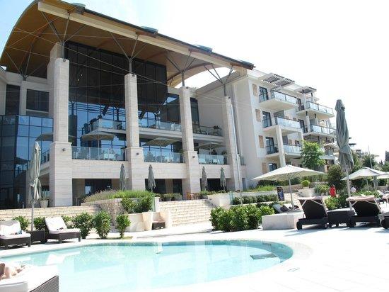 Hotel Monte Mulini: Hotel facing the Bay