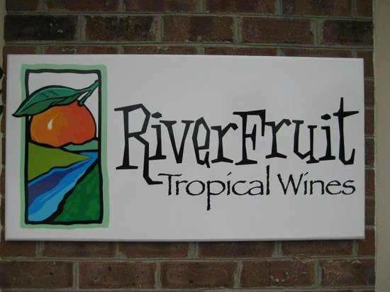 ‪River Fruit Tropical Wines‬