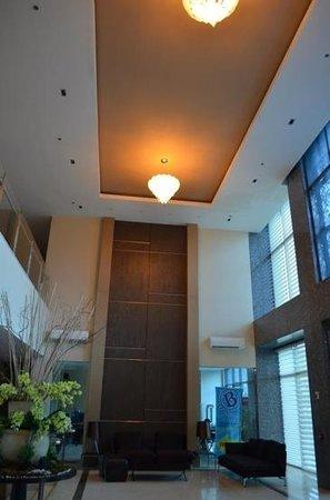 La Breza Hotel: hotel lobby