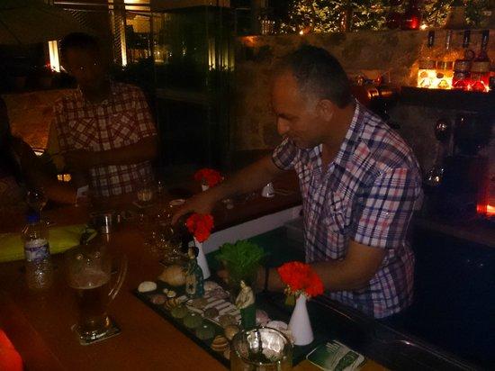 Astoria Hotel: Harry working behind his beautiful bar