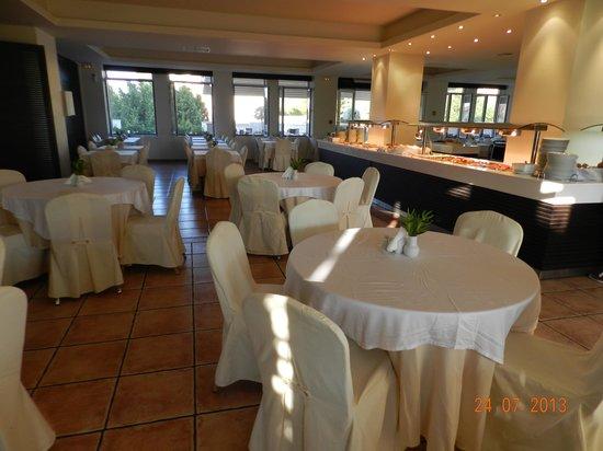 Bitzaro Grande Hotel: Indoor eating