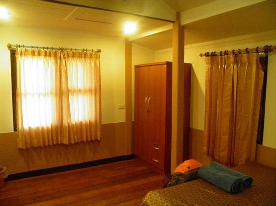 Amity Bungalow : Room