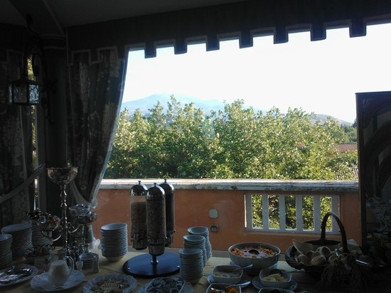 Villa Paradiso dell'Etna: view from the breakfast room