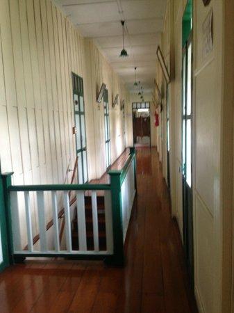 Sam Sen Sam Place: Hallway