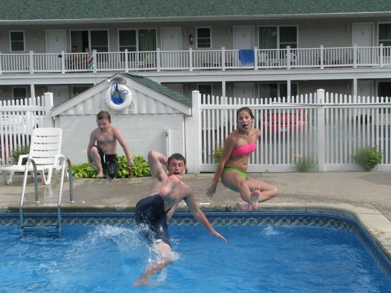 Studio Motel of Lake George: My sons and a friend