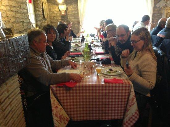 Le Relais du Morvan : harley  au retso