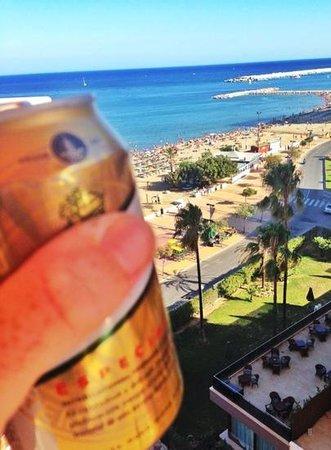 Apartamentos La Jabega: uitzicht vanaf balkon zijkant