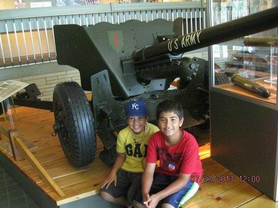 Dwight D. Eisenhower Library and Museum : Big Gun