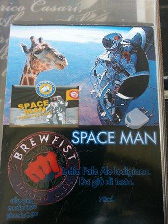 Pazzeria: IPA Spaceman brewfist