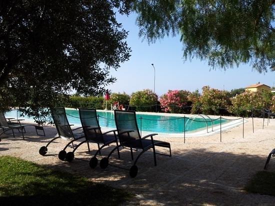 Castellaro Golf Resort: Piscina