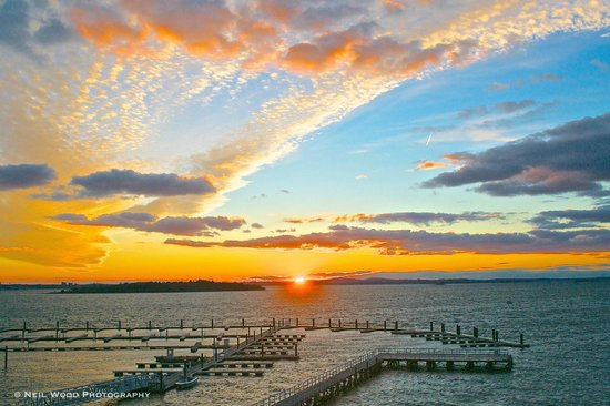 Nantasket Beach : Sunset at the A Street Pier and Sunset Bay Marina, Hull, Mass