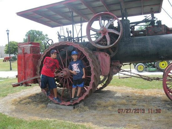 National Agricultural Center and Hall of Fame : steam enine