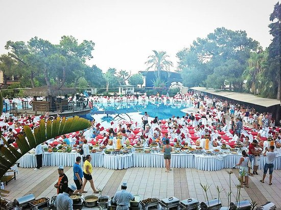 Catamaran Resort Hotel: Гала-ужин