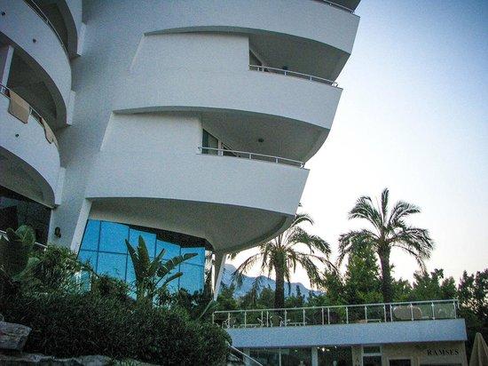 Catamaran Resort Hotel: Отель