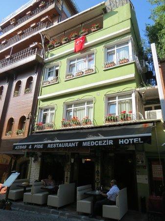 Med Cezir Hotel: hotel front