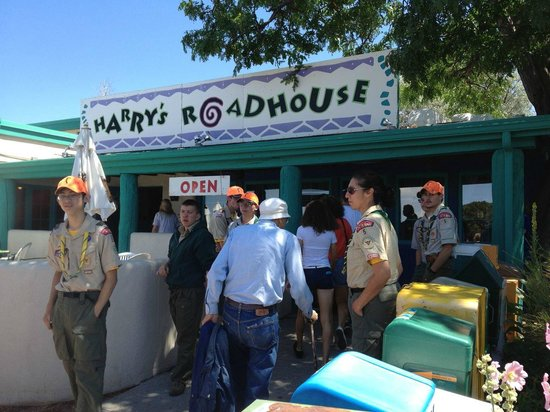 Harry's Roadhouse : A Very Short Wait