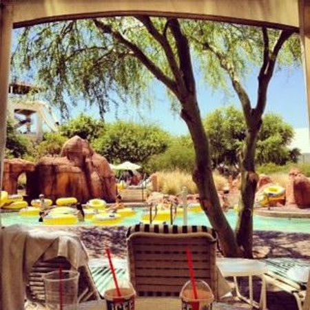 Arizona Grand Resort & Spa: View from our cabana- very quiet and secluded- away from crowds!