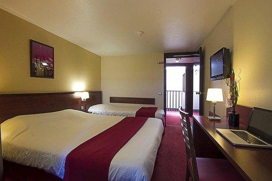 Kyriad Hotel Les 4 Pavillons - Bordeaux Lormont: triple