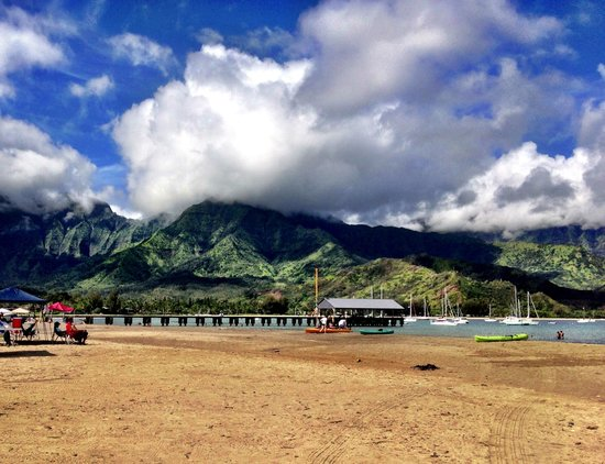 Hanalei Bay pier and beach