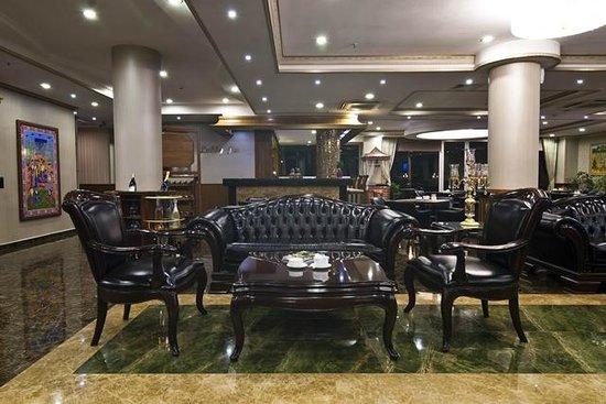 Liva Hotel: lobby