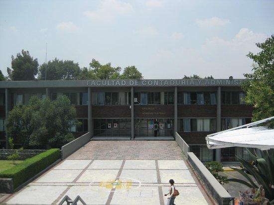 Ciudad Universitaria: la facultad de contaduría y administración