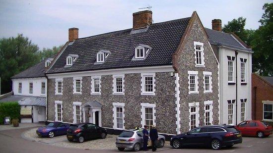 Waveney House Hotel: The Hotel