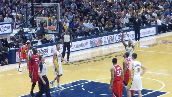 Bankers Life Fieldhouse: Great view from Sec 19