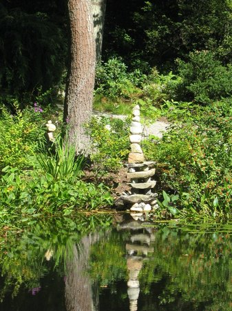 New England Wild Flower Society Garden in the Woods: one of many stone cairns - part of an exhibit