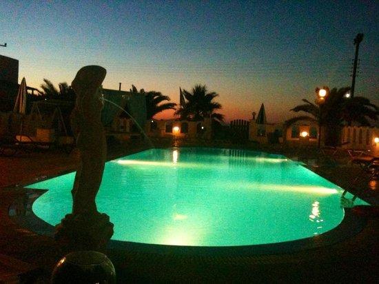 Pension Livadaros : the pool