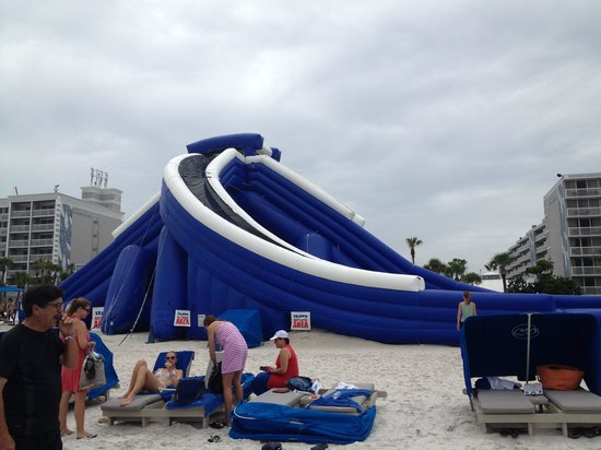 Guy Harvey Outpost, a TradeWinds Beach Resort: Amazing Slide