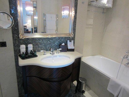 Hotel Villa Honegg : Salle de bains
