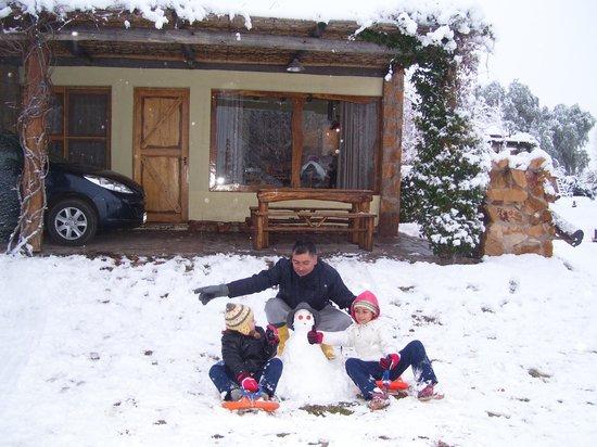 cabanas altos de la bodega en la nieve